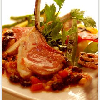 ブルターニュ産 鴨胸肉のロティ ヴァン・ショーのソースで(セレブール (Celebourg))