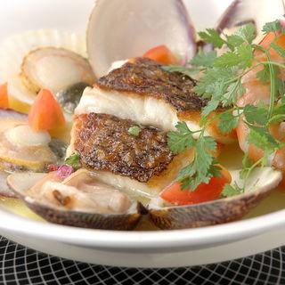 三浦産直の鮮魚のブイヤベース(セレブール (Celebourg))