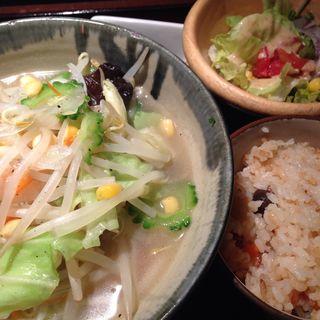 チャンポン定食(首里 (しゅり))