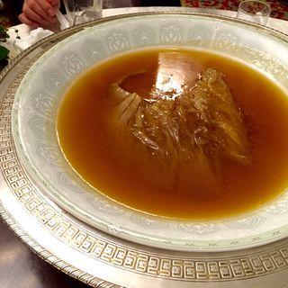 気仙沼産フカヒレの姿煮300g級(東天閣 (トウテンカク))
