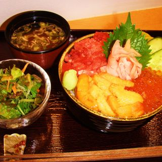 雲丹・イクラ・鮪丼(鮨 込山 (スシ コミヤマ))