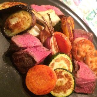 蝦夷鹿もも肉のステーキ真空焼き(85BAL TEPPEN (Teppen))