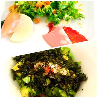 カニとアボカド丼(野菜がおいしいダイニング LONGING HOUSE (ヤサイガオイシイダイニング ロンギングハウス))
