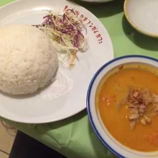 マッサマンカレー(大阪カオマンガイカフェ (Osaka Khao Man Gai Cafe))