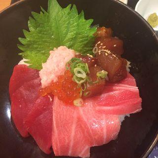 「極〜KIWAMI〜」まぐろづくし丼(堂島とろ家 阪急三番街店 (とろや))