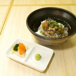 納豆と梅の塩昆布茶漬け(板場 (イタバ))