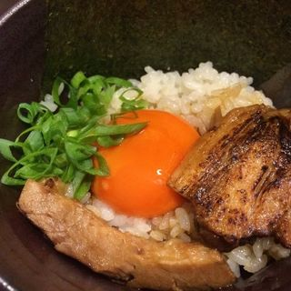 炙りチャーシュー丼(バカヤロー 龍麺房 )