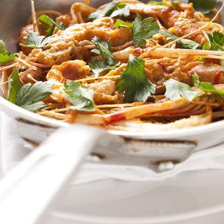 豚バラ肉のトマトパスタ