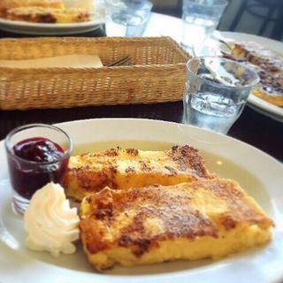 フレンチトーストセット(ボンボンカフェ (BON BON CAFE))