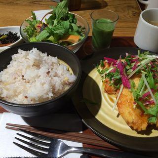 日替わり定食(グリーン カフェ もりのみやキューズモールBASE店 (Green Cafe))