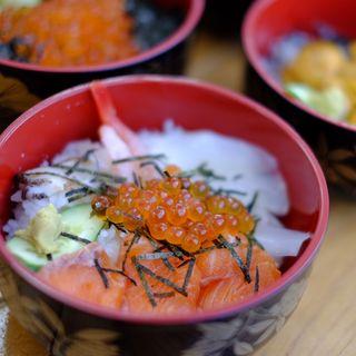 特選海鮮丼(ケンちゃんかき )