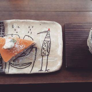 気まぐれりんごチーズケーキ(カフェ ケシパール )