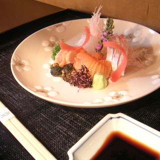 鮮魚のお造り(湖月 (こげつ))