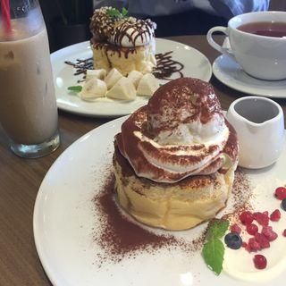 ティラミスパンケーキ(CafeAstiy)