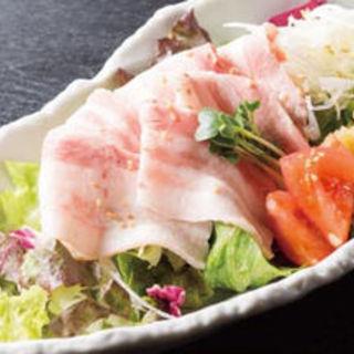 黒豚の冷しゃぶサラダ(味斗 スーク海浜幕張店 )