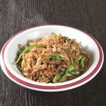 牛肉ピーマン炒飯(華連河 (カレンカ))