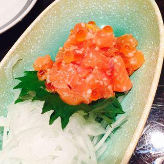 秋鮭とイクラの塩麹漬け(豚匠 心斎橋邸 )