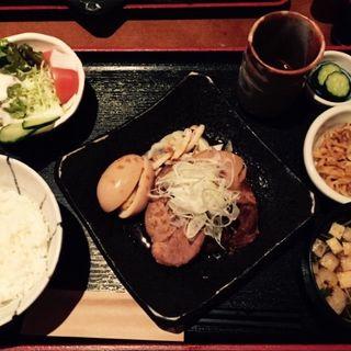 豚の角煮定食(ふうれん )