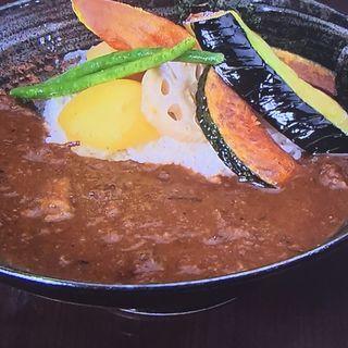 彩り野菜カレー(三田牛すじ 和風カレー しーくす )