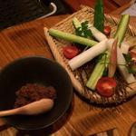 彩り野菜のざる盛り〜自家製鶏味噌で〜