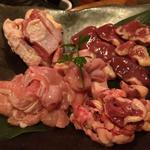 熟成鶏と大山鶏の5品盛り合わせ