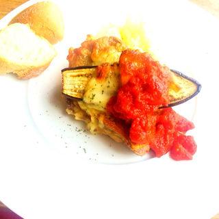 鶏肉と茄子の重ね焼き(ニド・カフェ (Nid CAFE))