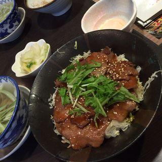 牛たん丼定食(牛たん炭焼 利久 岩沼店 )