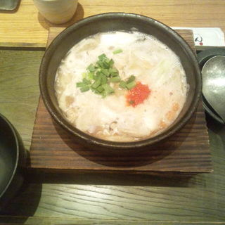 鶏白湯のおうどん(つるとんたん 東京ビル店 )