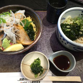 生鰆丼とミニうどんセット(みけ家 すし富 (みけや すしとみ))