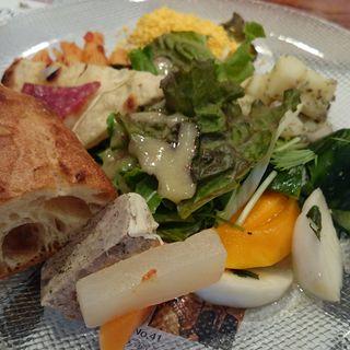 彩(いろどり)フレンチプレート 〔パン  サラダ付〕(ワッシーズダイニングスープル (Wassy's Dining Souple))