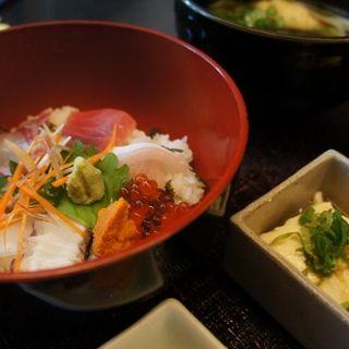 海鮮丼&うどん御膳(大山山麓自然薯 治之助 梅田茶屋町店 (じのすけ))