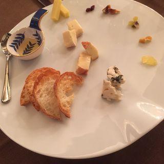 チーズ盛り合わせ(芦屋フレンチ北じま )