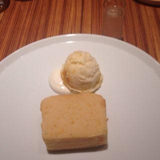 オレンジと白あんのケーキ ドリンクセット(トラヤカフェ 表参道ヒルズ店 (TORAYA CAFE))