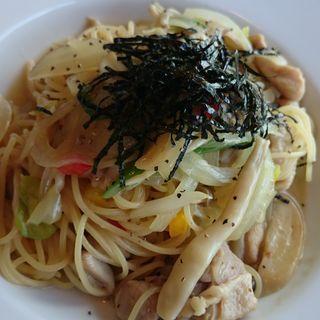 野菜炒め和風パスタ(太陽のカフェ 南港店 )