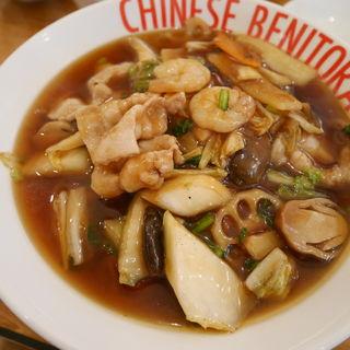 五目うま煮麺(紅虎家常菜 佐野プレミアムアウトレット店 )