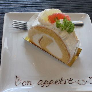 ロールケーキ(クレーム プリュス (crème×plus))