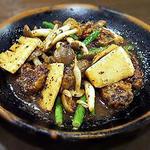 牡蠣のトウチ炒め