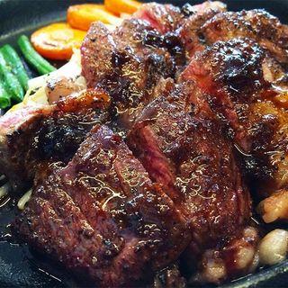 牛肩ロースステーキ(鉄板焼酒場 はふう )