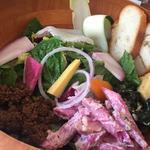 食通が集まる街・広尾で、ヘルシーで体にやさしいオススメサラダ7選