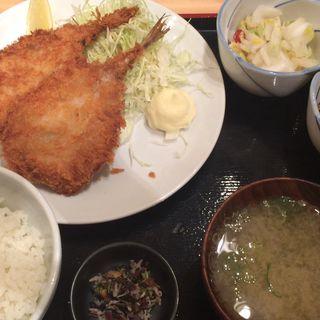 アジフライ定食(魚治 (UOHARU))