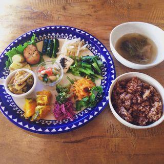 野菜プレート(ローフードカフェ胡桃家 )