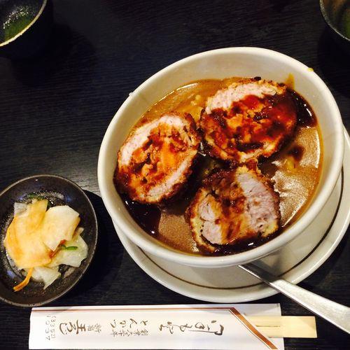 とん丼 カツカレーみたいな感覚 豚汁は期待はずれでした!