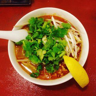 トムヤム麺(タイ麺セマクテ)