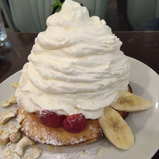 いちご&バナナ&マウンテンクリーム(カフェ パンプルムゥス 仙台 (Cafe Pamplemousse))