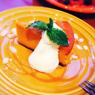 かぼちゃのケーキ(HIKARI cafe&dining 新宿東口 (ヒカリカフェアンドダイニング))