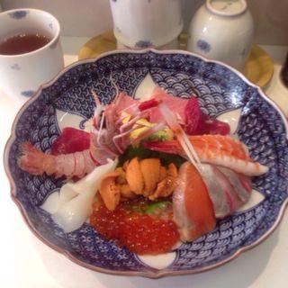 海鮮丼(つきじかんの)