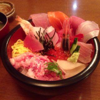 海鮮丼(海鮮どん屋 )