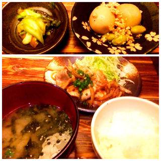 豚ロース生姜焼き膳(博多 なぎの木 青山 )