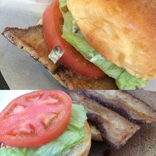 BLTバーガー(ととらべべ ハンバーガー (ToTo la Bebe Hamburger))
