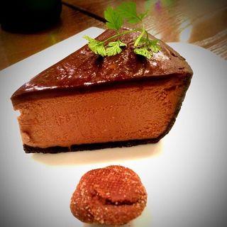 チョコレートチーズケーキ(キッチンハウスえすかるご )